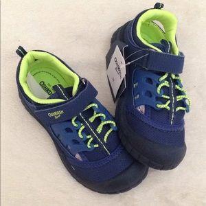 🙍🏼♂️🙍🏼♂️ Kids OshKosh Shoes